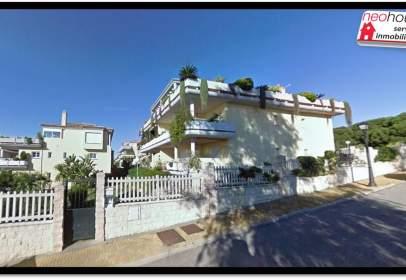 Garatge a Urbanización Jardines del Puerto