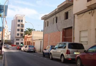 Nave industrial en calle Tirant Lo Blanc