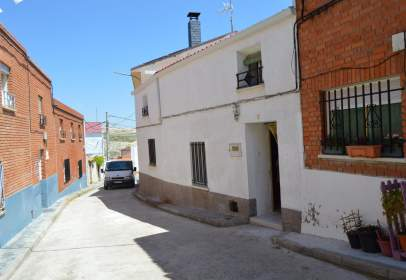 Chalet in calle San Miguel