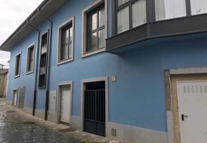 Dúplex en calle Estebanda
