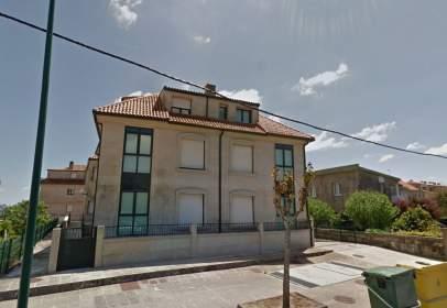 Piso en Avenida de a Coruña, cerca de Carretera Xeral