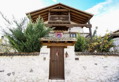 Chalet in calle Iglesia, nº 5
