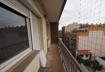 Piso en Carrer de Barcelona, cerca de Passeig del Progrés