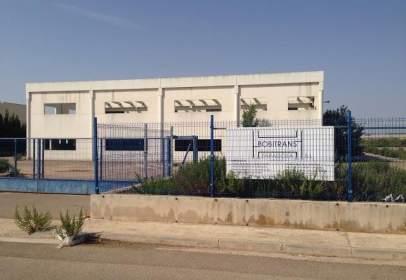 """Nave industrial en calle S6, Pol. Industrial """"El Pitarco"""", P.G.O.U. Muel, nº S/N"""