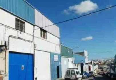 Nave industrial en calle Albañiles (Pol. Ind. La Hoya), nº 4