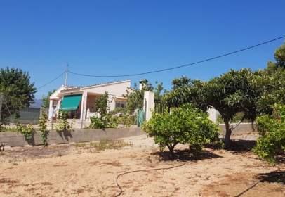 Chalet in Pedralba