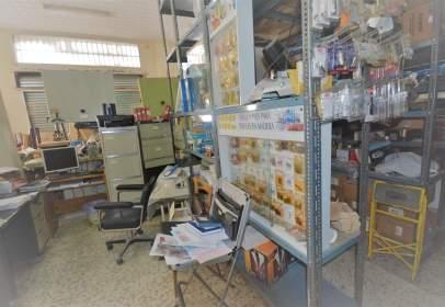 Local comercial en La Trinidad-Mármoles-Perchel Norte