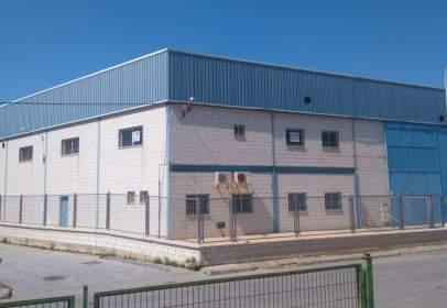 Industrial building in Playa Granada