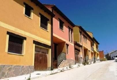 Casa adosada en calle del Molino, nº 2