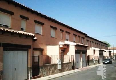 Casa adosada en calle Margaritas, nº 8