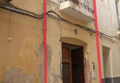 Casa adosada en calle Damunt, nº 11