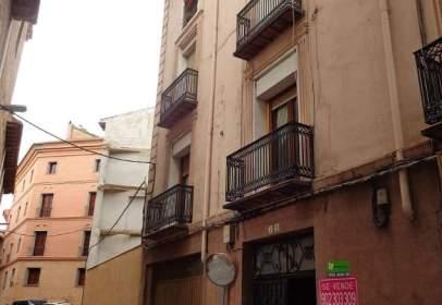 Flat in calle Tudela, nº 7-9