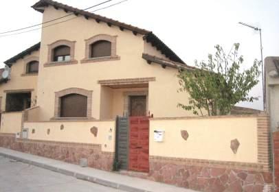 Terraced house in Nombela