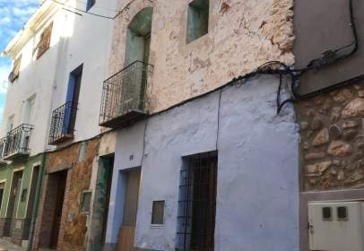 Terraced house in Soneja