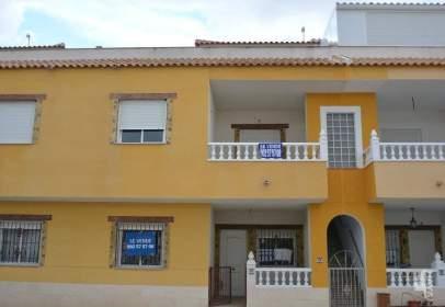 Terraced house in Granja de Rocamora