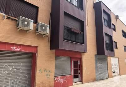 Piso en calle Carrero Blanco 17