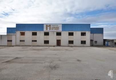 Nave industrial en La Villa de Don Fadrique