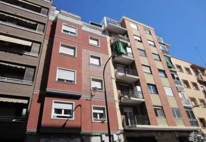 Pis a Zaragoza