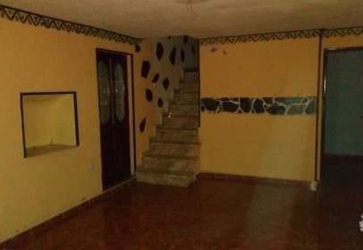 Casa adossada a Chiva