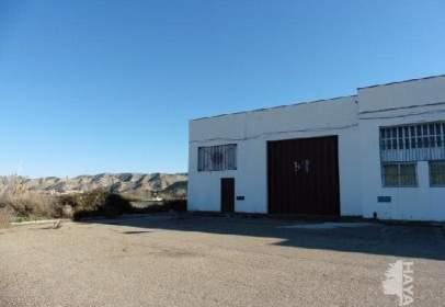 Nave industrial en calle Miguel de Cervantes, nº 1