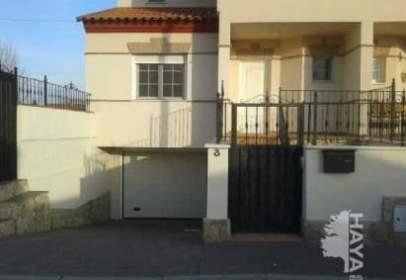Casa adosada en calle Mar Mediterraneo, nº 3