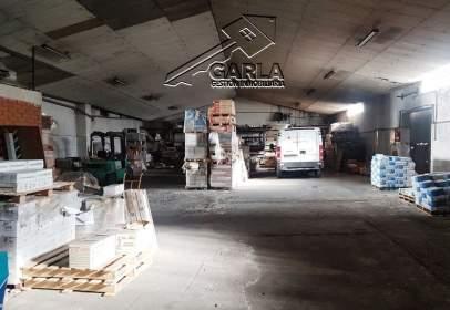Nau industrial a Vistahermosa-Lasalle-Tejares