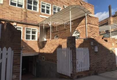 Casa adossada a San Roque-La Concordia
