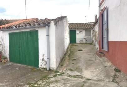 Casa adosada en calle del Cementerio