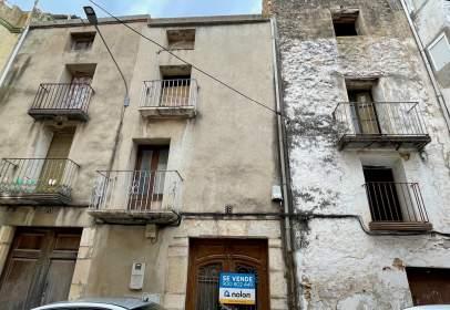 Casa adosada en calle Sant Vicent