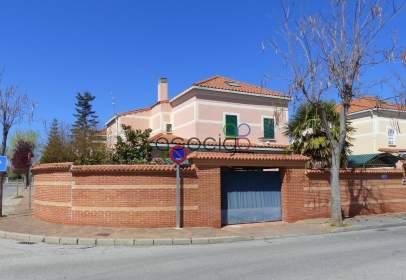 Xalet a calle Luis de Góngora, nº 14