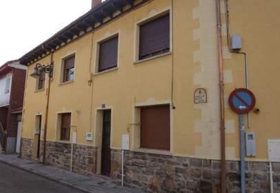 Casa en calle Goyo Ruiz, nº 21