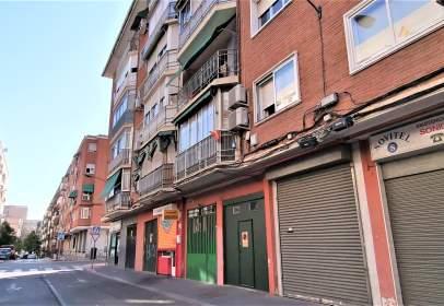 Local comercial en calle Hospitalet de Llobregat