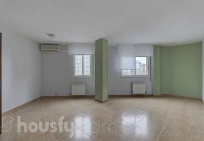 Duplex in Carrer de Sau, nº 43