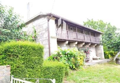 Casa en Aguela