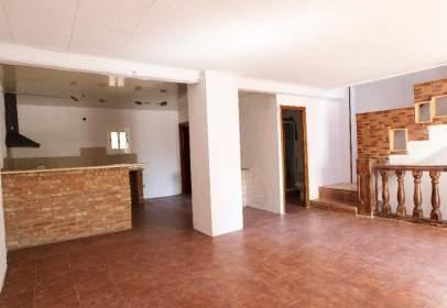 Single-family house in Tivenys