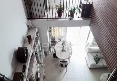 Casa adossada a Nueva Segovia/ Plaza Toros