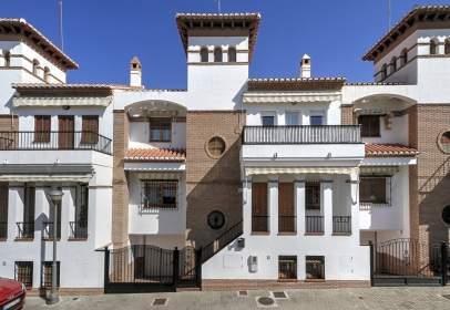 Casa en Camino Bajo de Huetor - Serrallo