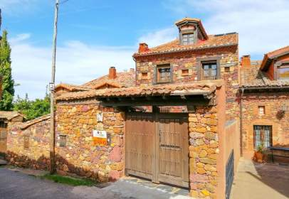 House in Madriguera