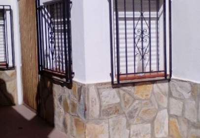 Casa adosada en Pueblo
