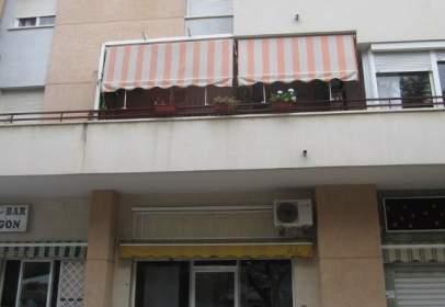 Local comercial a Avenida Pedro Salinas
