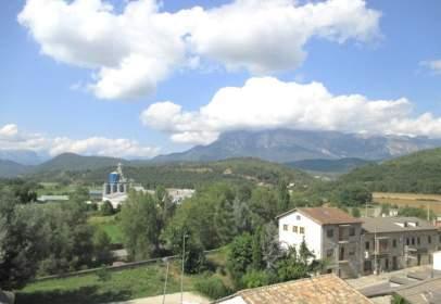 Pis a Avenida Pirineo de Huesca, nº 02