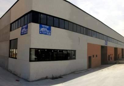 Nave industrial en calle Roma