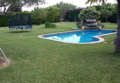 House in Murillo, Agua y Luz