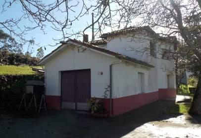 Casa unifamiliar en Vía El Picu, nº 100