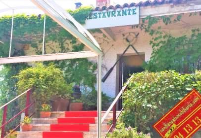 Local comercial en Urbanizacion El Castillo Villa