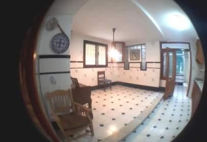 Casa adossada a calle Sant Salvador, nº 7 -9