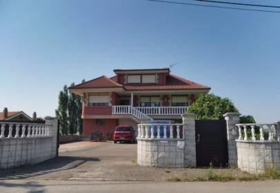Single-family house in calle La Sierra