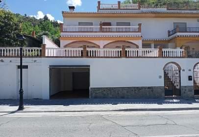 Casa aparellada a Carretera Sierra Nevada, 34