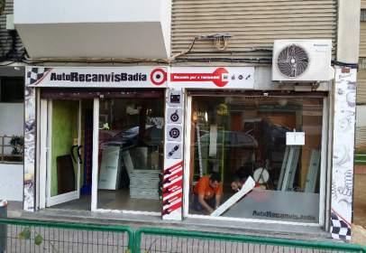 Local comercial en Avenida Cantabrico, nº 39