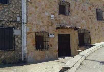 Casa adossada a calle La Fragua, nº 4